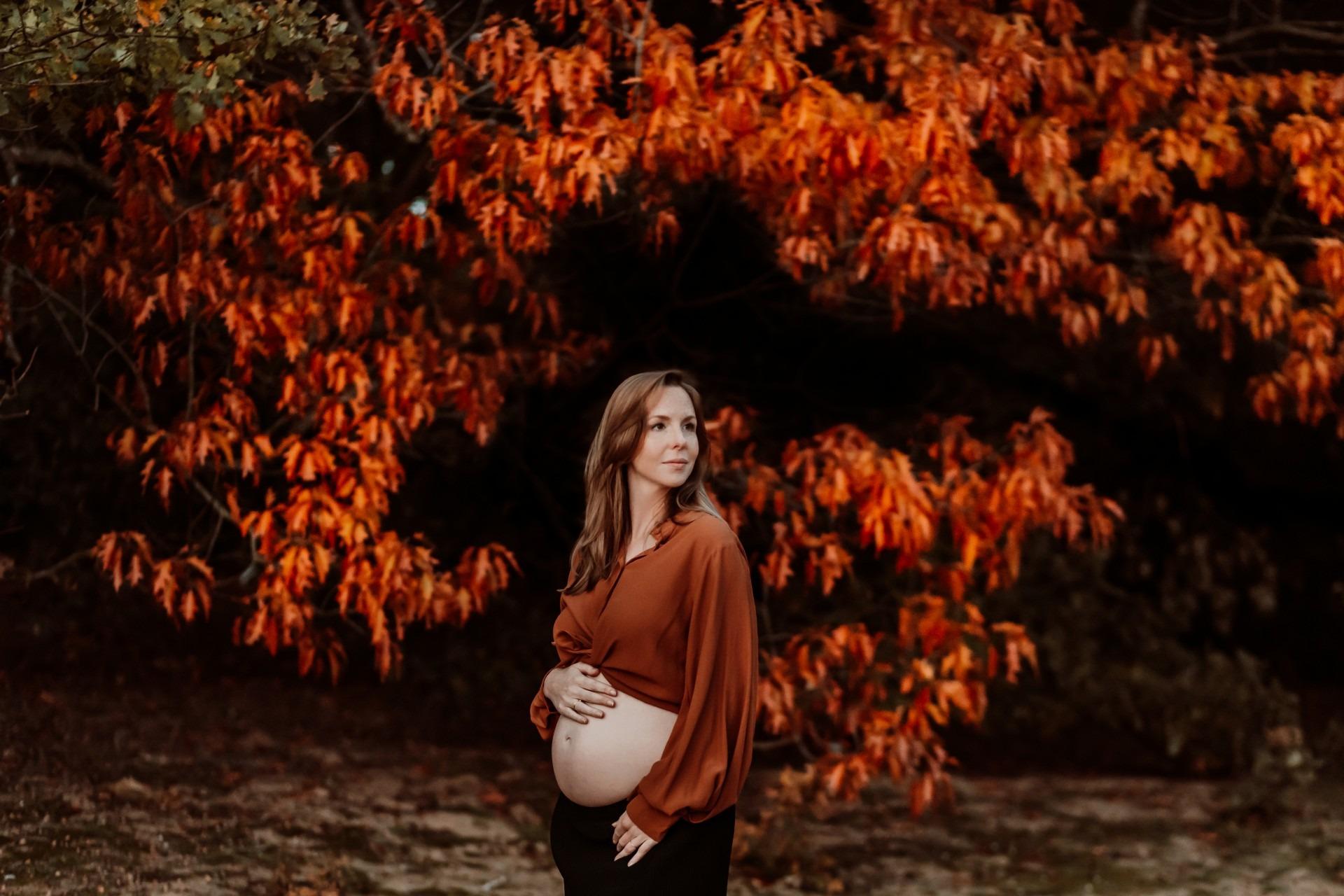 Elainefotografie fotograaf Nijmegen , zwangerschapsfotograaf