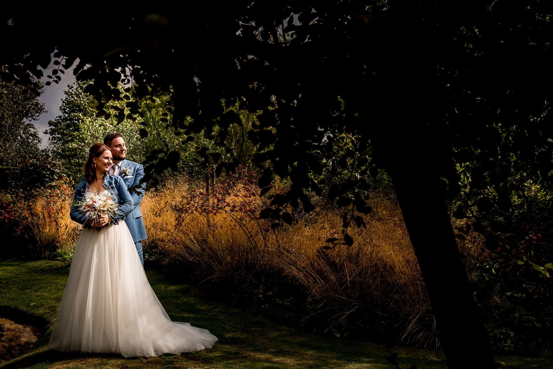Trouwen de Tuinen van Appeltern Bruidsfotograaf Wijchen, Elainefotografie