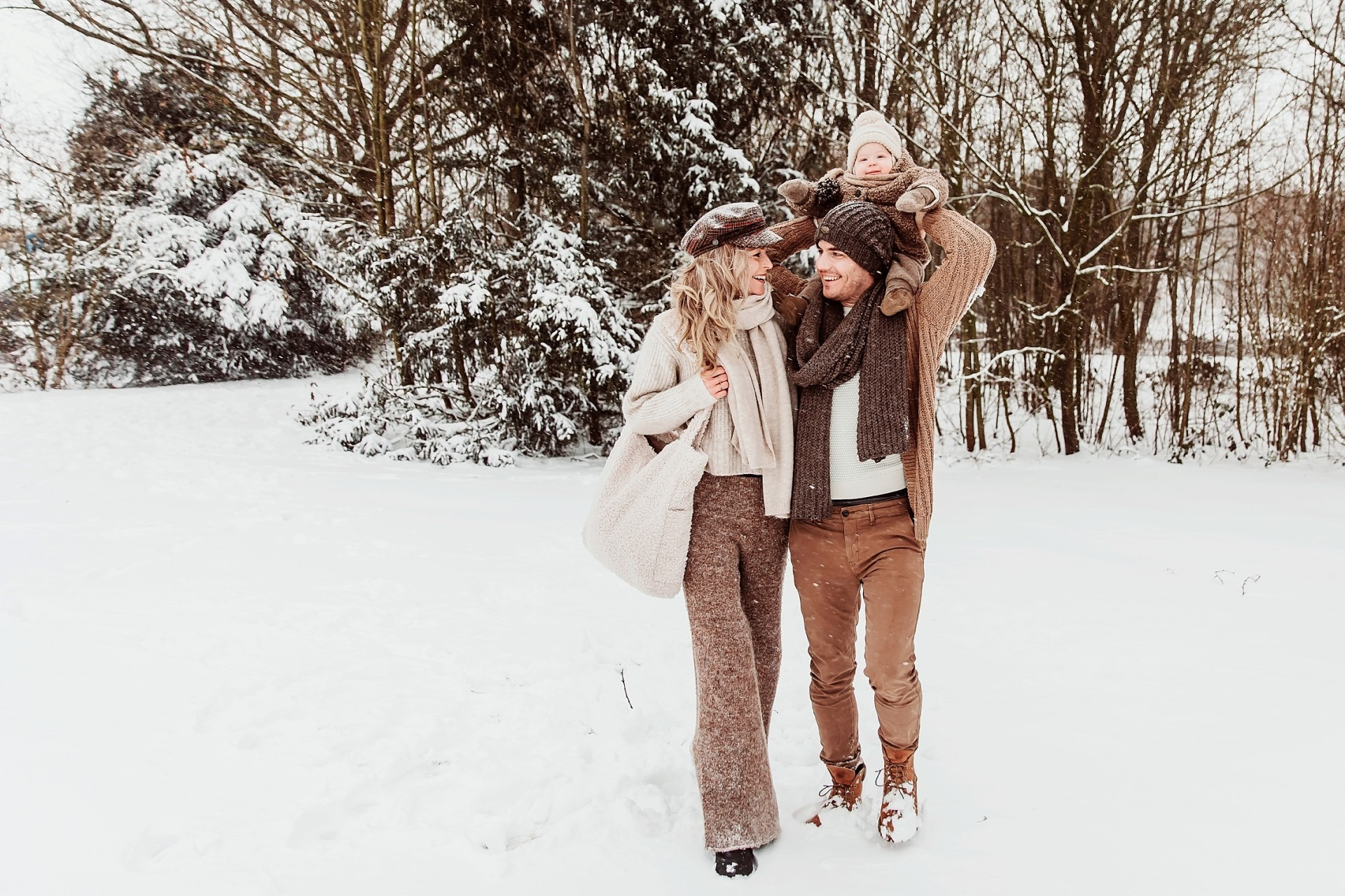 Fotoshoot in de sneeuw, Wijchen. Elainefotografie