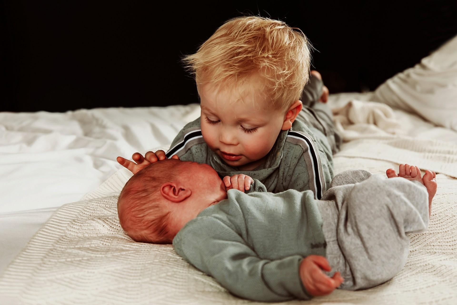 Newborn fotoshoot Mill   Newbornfotograaf Wijchen
