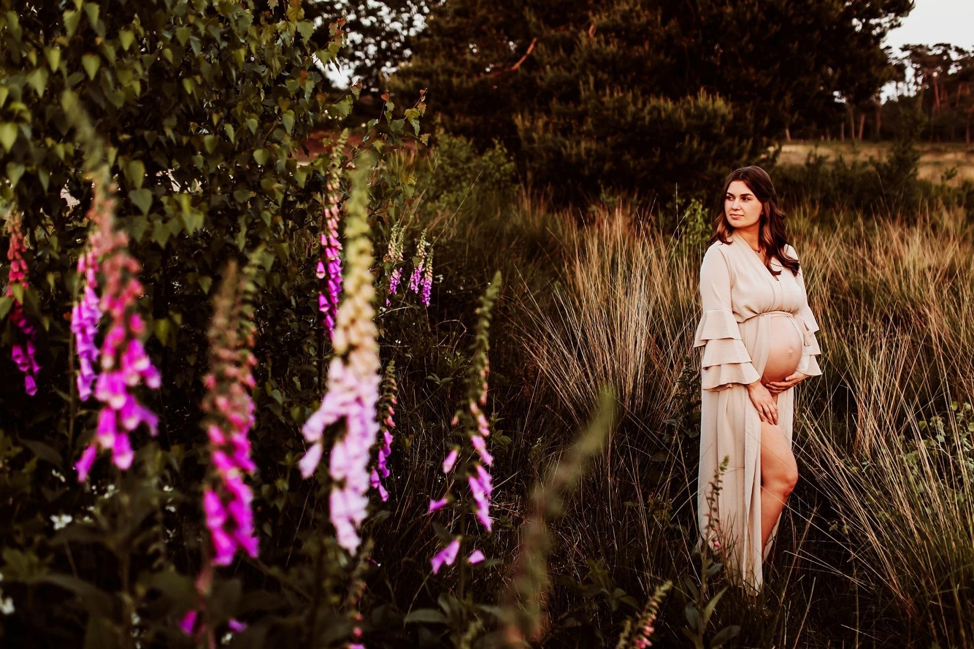 Zwangerschapsfotografie Wijchen, Elainefotografie